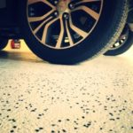 flake-epoxy-floor-garage